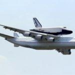 Antonov An-225 et Bourane en vol. © Ralf Manteufel - Souce : https://fr.wikipedia.org/wiki/Antonov_An-225